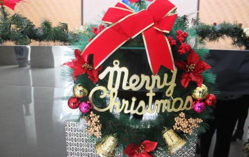 特别的礼 给特别的你——记合肥高科欢乐圣诞行
